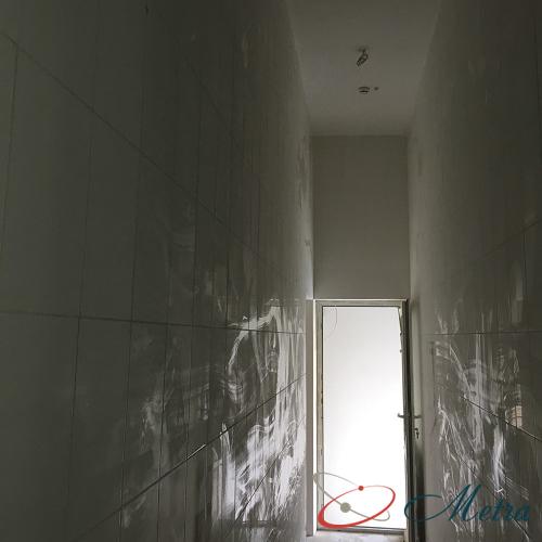 Стены после ремонта уборка