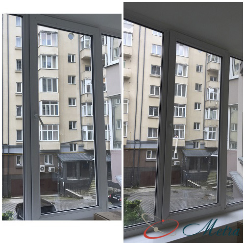 Помыть окно на балконе